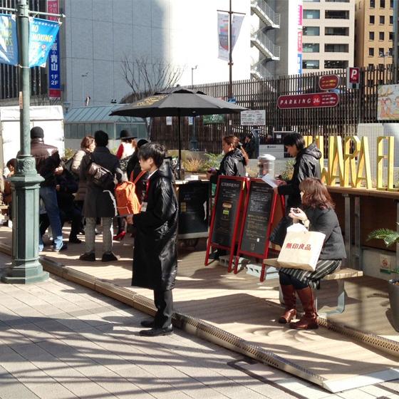"""KOBEパークレット1周年!! 三宮中央通りまちづくり協議会 דネスカフェ ドルチェ グスト"""""""